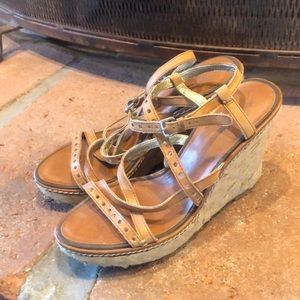 American Eagle wedges size 8
